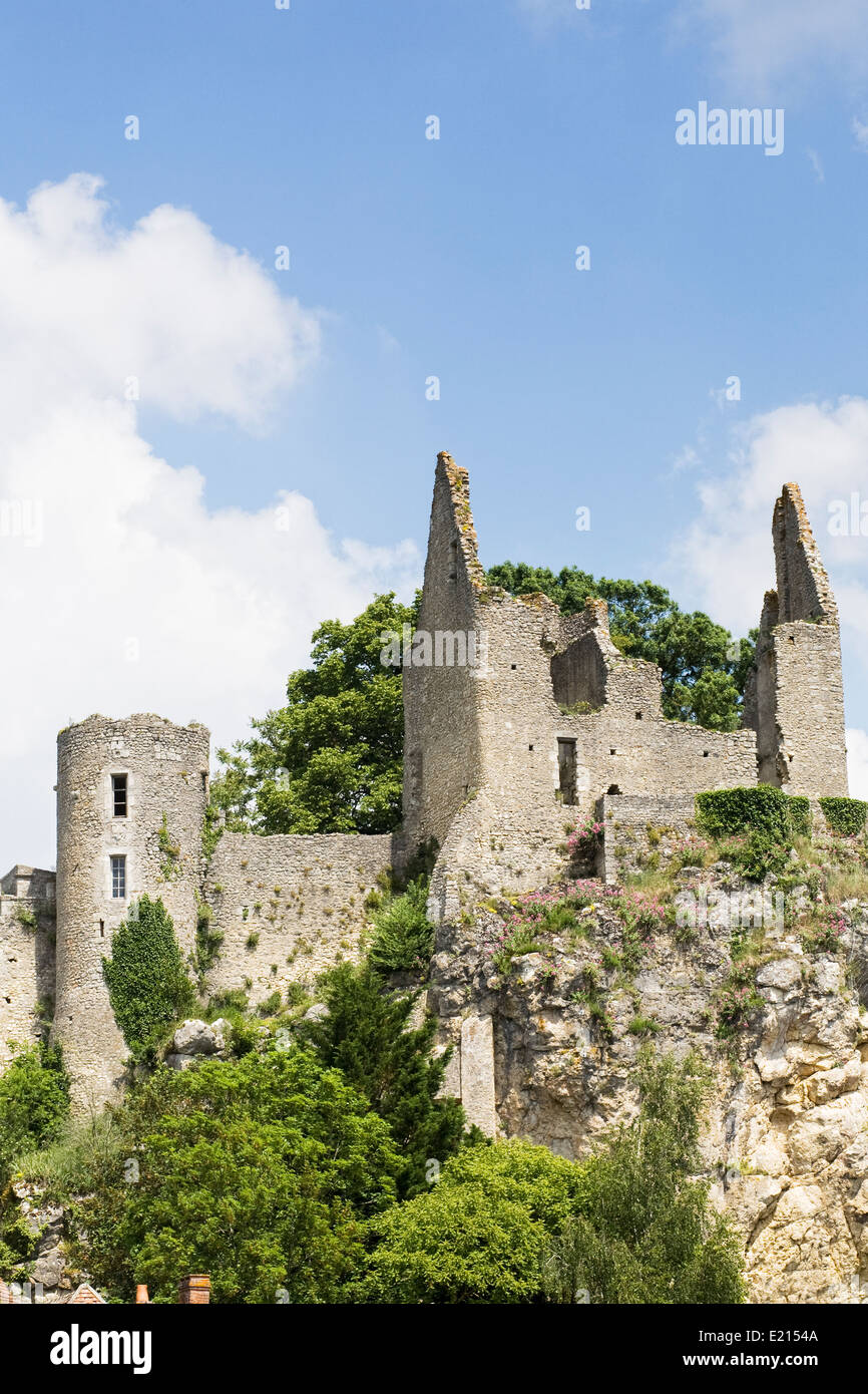 Castle ruins at Angles sur l'Anglin, Vienne, France. - Stock Image