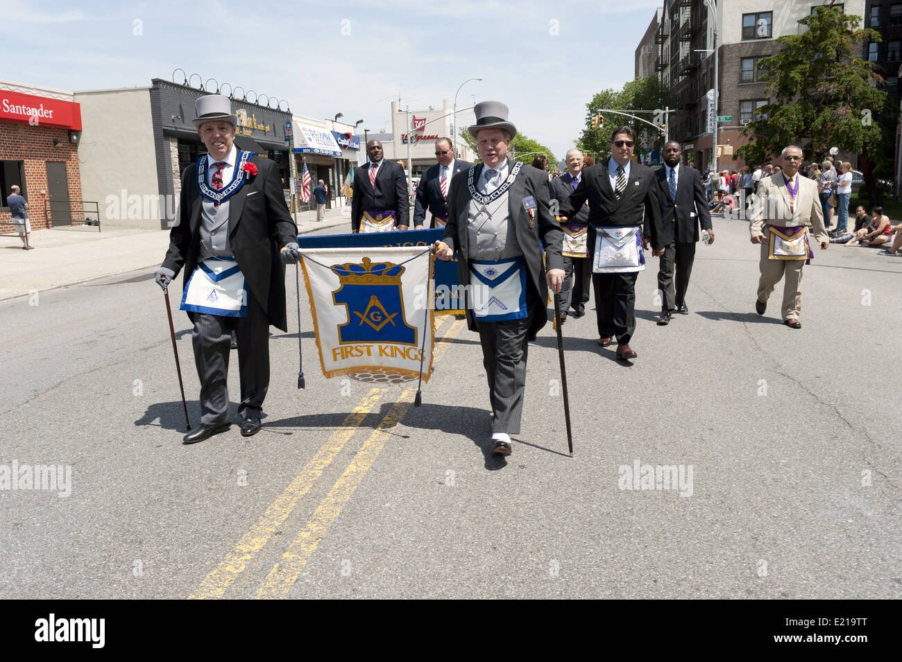 Freemasons march in The Kings County Memorial Day Parade in the Bay Ridge Section of Brooklyn, NY, May 26, 2014. - Stock Image
