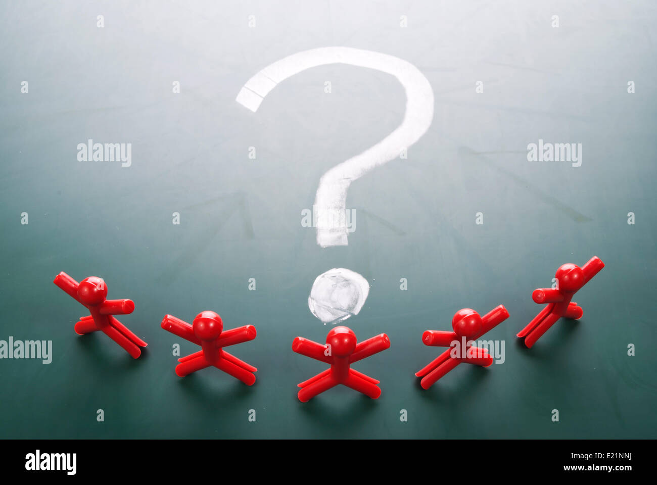 Business team face question mark - Stock Image