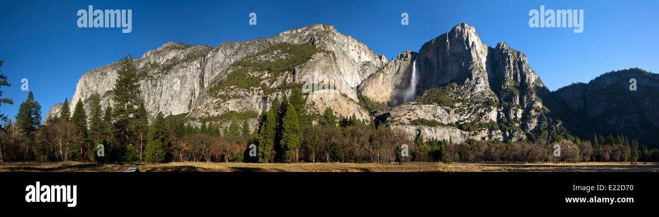 CALIFORNIA - Upper Yosemite Falls, Yosemite Point and Eagle Point from the meadows of Yosemite Valley in Yosemite - Stock Image
