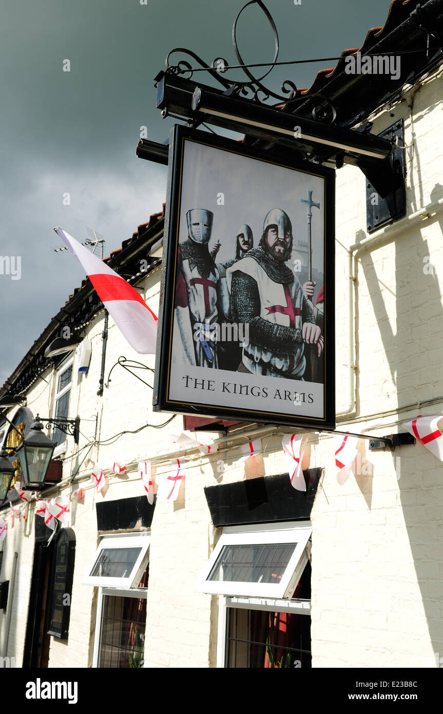 Clarborough ,North Nottinghamshire,UK, 14th June 2014 . The Kings arms public house In the small north nottinghamshire - Stock Image