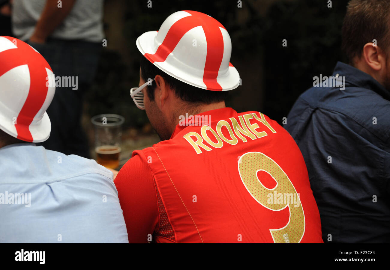 Brighton, Sussex, UK. 14th June, 2014. Rooney's the man for this England World Cup 2014 football fan at the - Stock Image