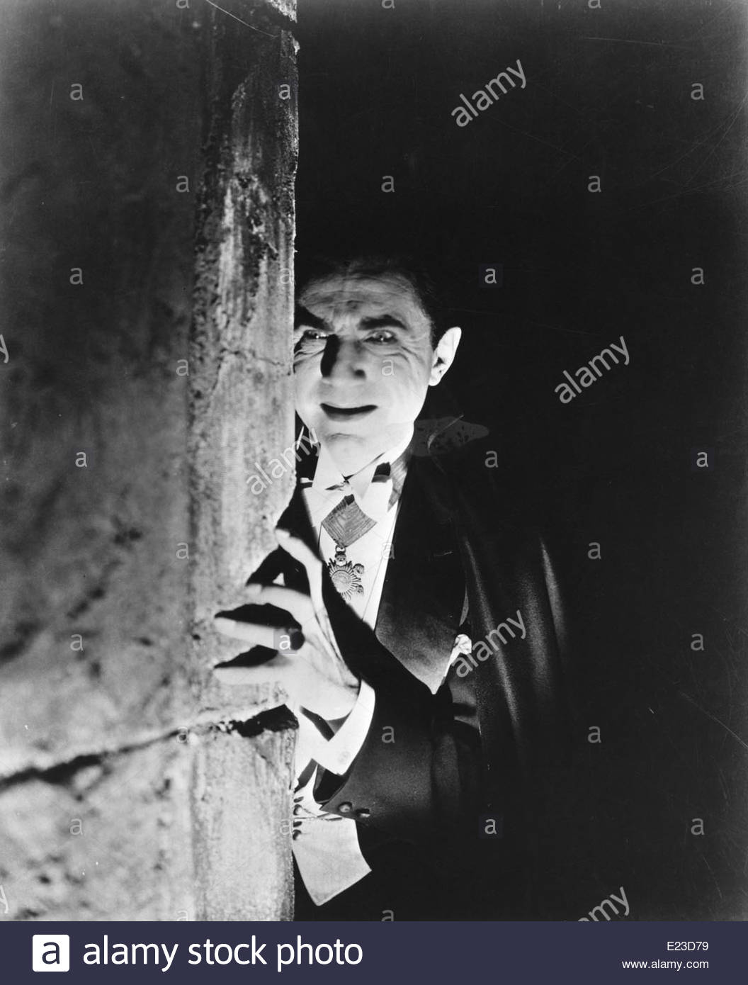 Bela Lugosi as Dracula, 1931, directed by Tod Browning. Photo Courtesy Courtesy Granamour Weems Collection. - Stock Image