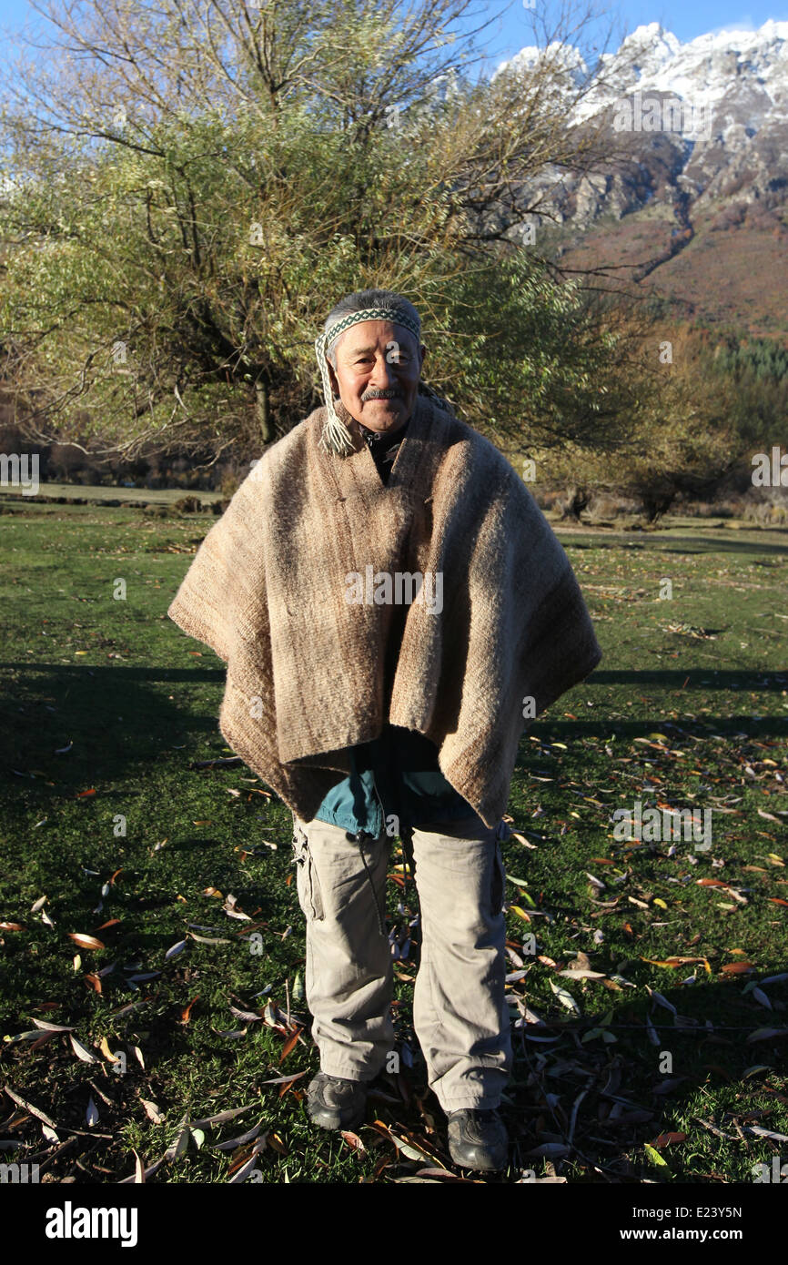 Mapuche indian man, south argentina, Patagonia - Stock Image