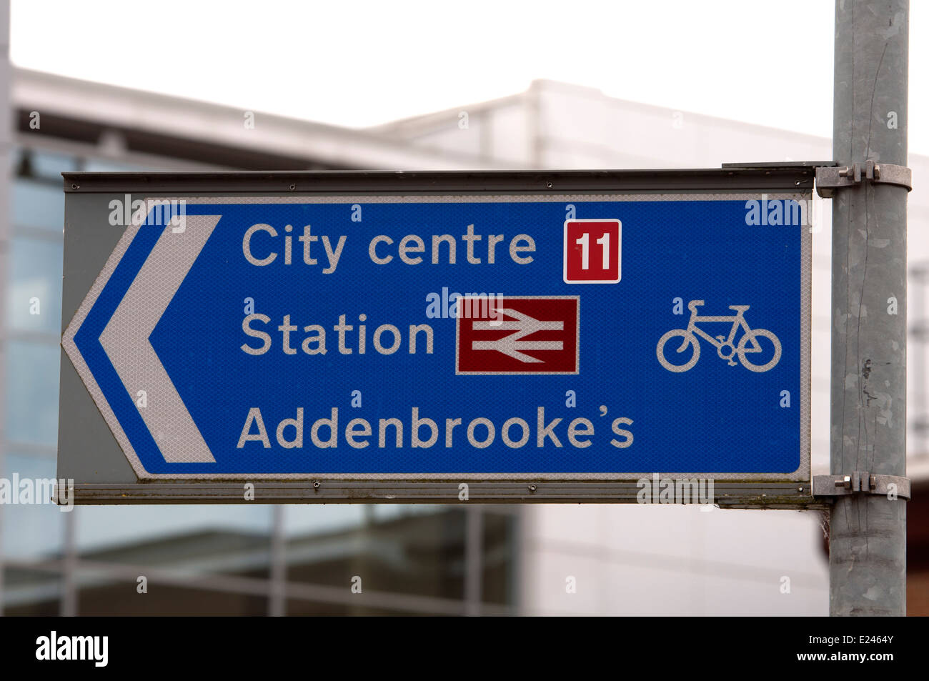 Cycle routes sign, Chesterton, Cambridge, UK - Stock Image
