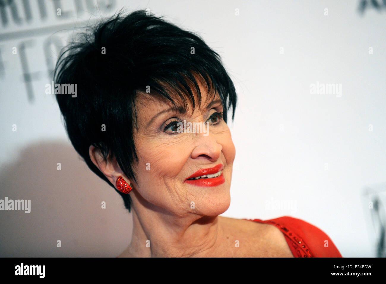 Watch Gwen Zamora (b. 1990) video