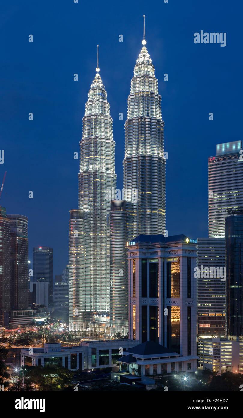Petronas Towers by night - Stock Image