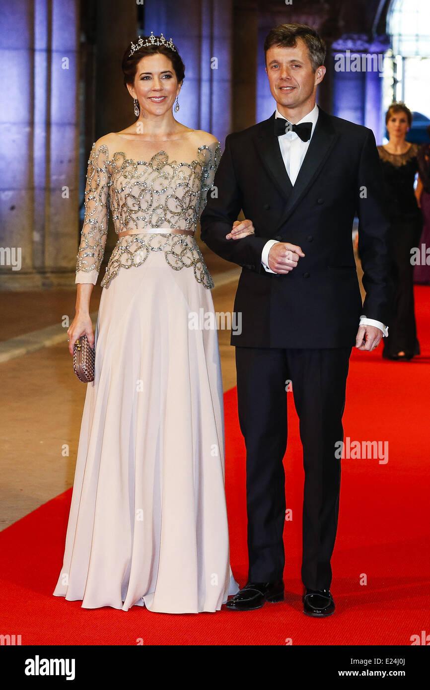 Prince Frederik And Princess Mary Stock Photos & Prince Frederik And ...