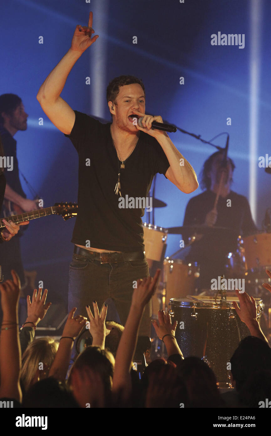 Dan Platzman Imagine Dragons performing on stage during the MTV EMA's 2013 at the Ziggo Dome.  Featuring: Dan - Stock Image
