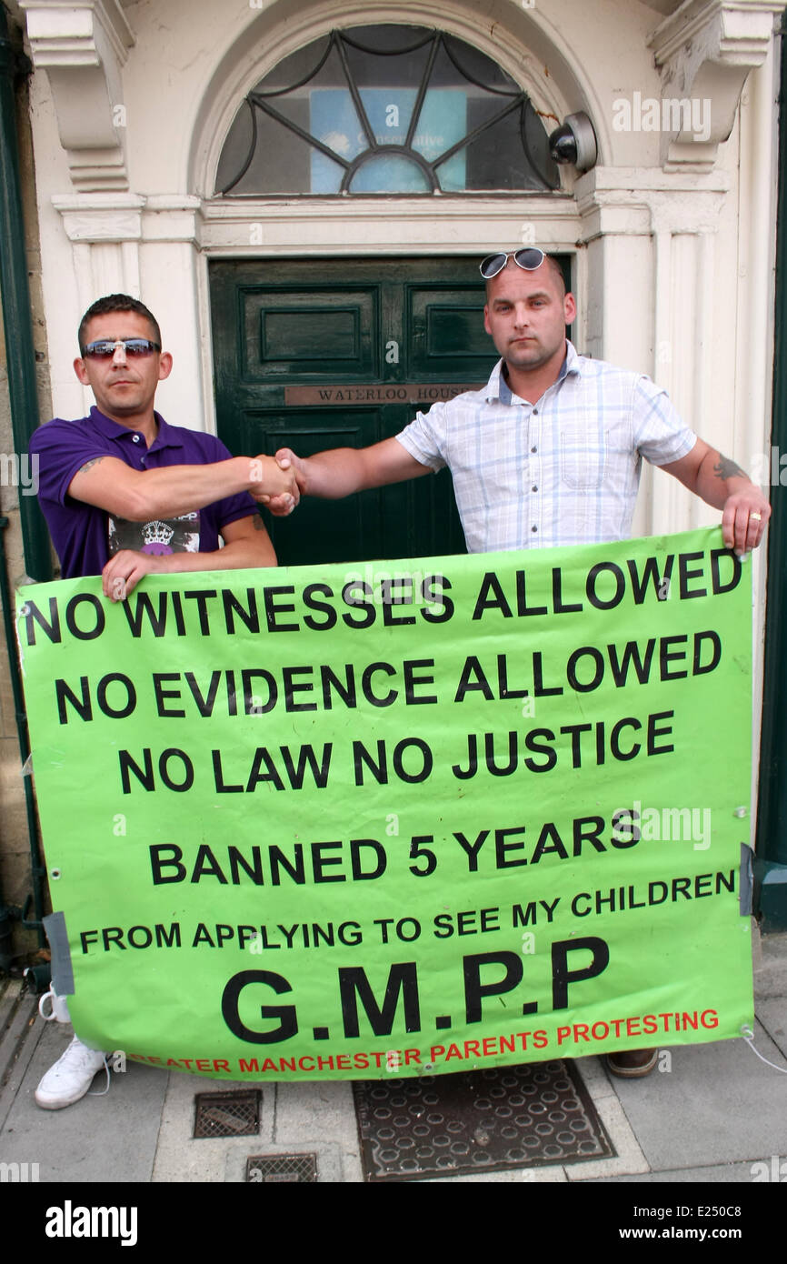 Witney, Oxfordshire, UK. 16th June, 2014. Parents Protesting organisers Chris Tompson  from Manchester and Bobby - Stock Image