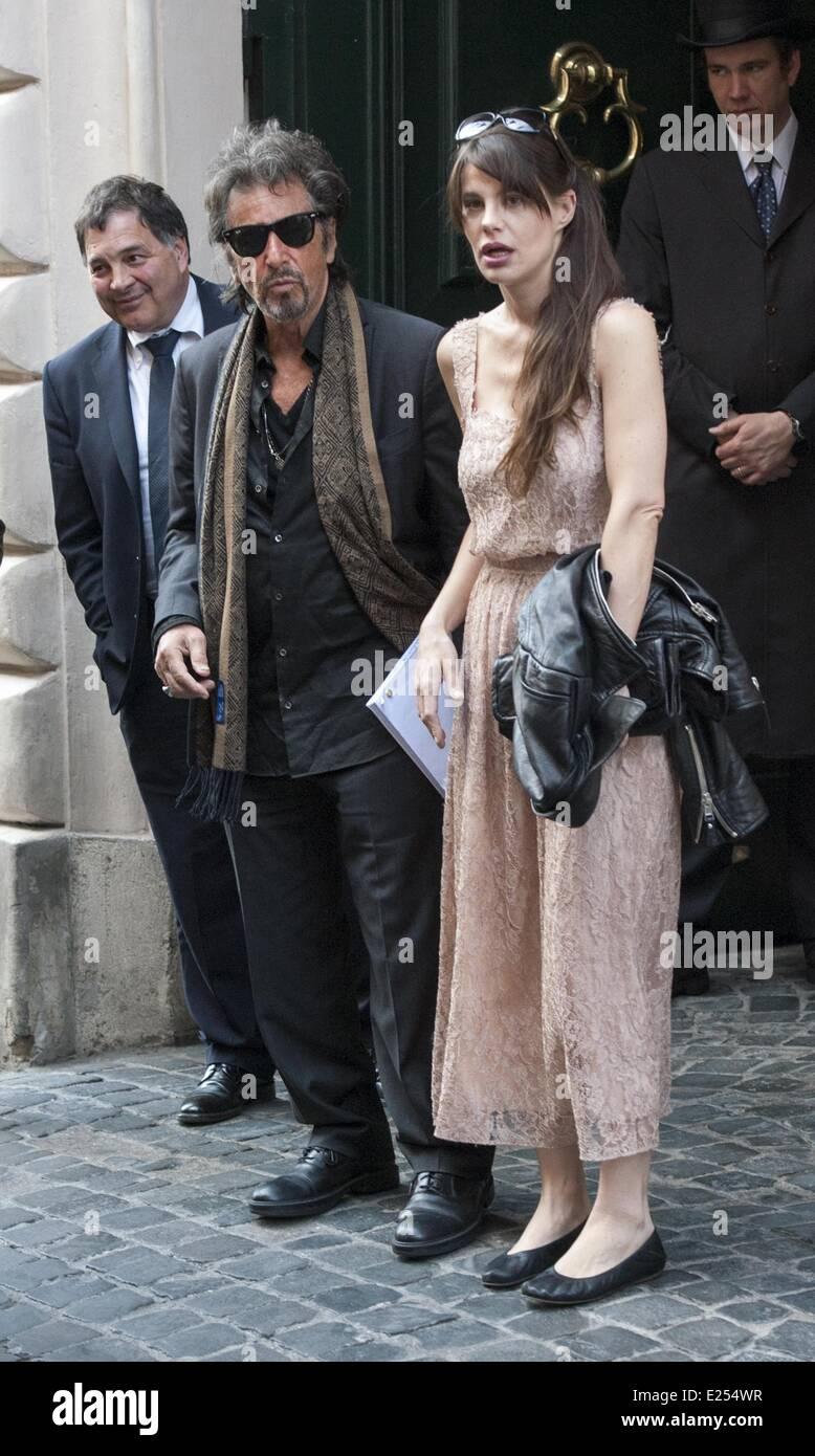 Al Pacino and girlfrie...