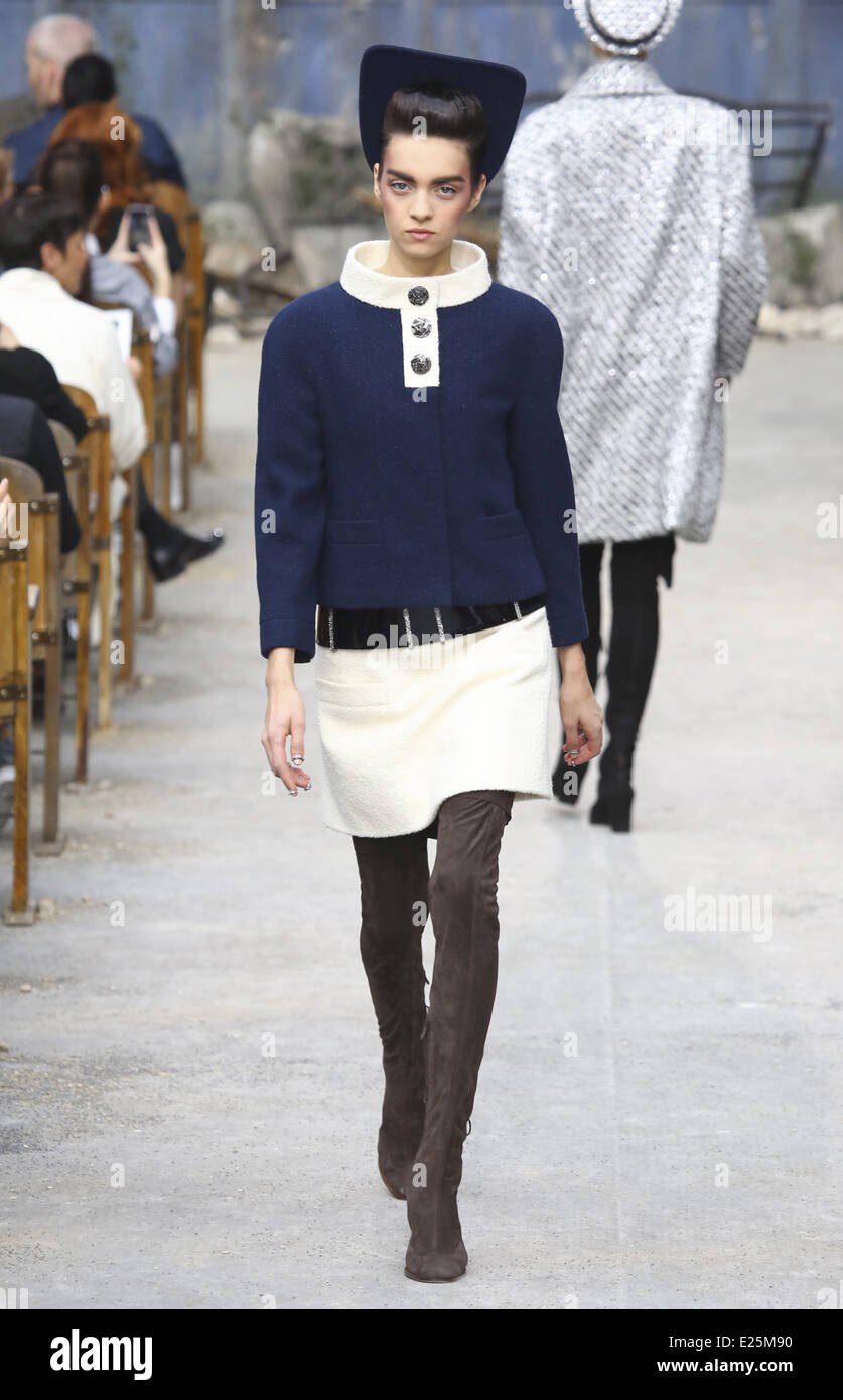 82012746ef8 Paris Fashion Week Haute Couture Fall Winter 2014 - Chanel - Catwalk  Featuring  model Where  Paris
