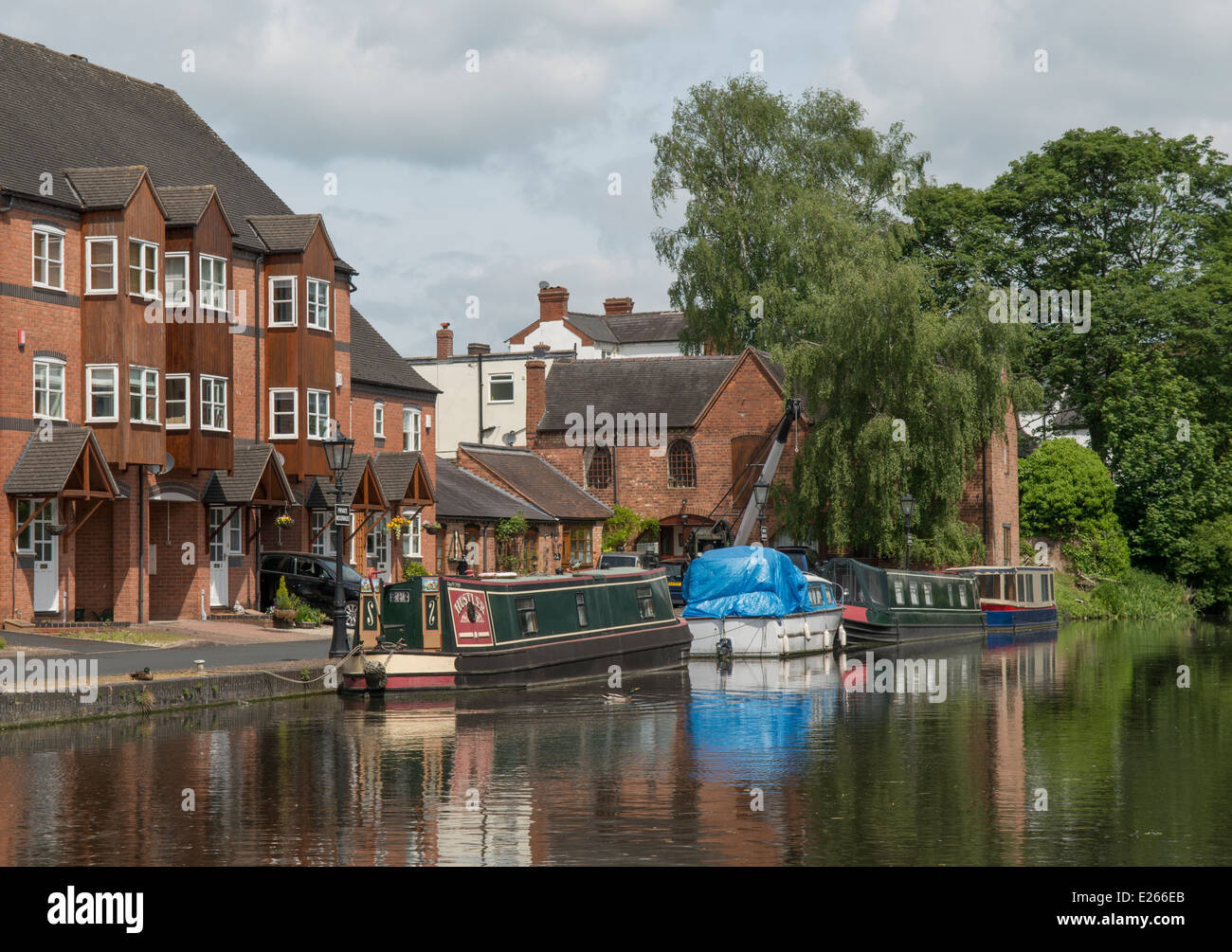 Boats on the Staffordshire and Worcestershire canal at Stourport on Severn in the county of Worcestershire, England. Stock Photo