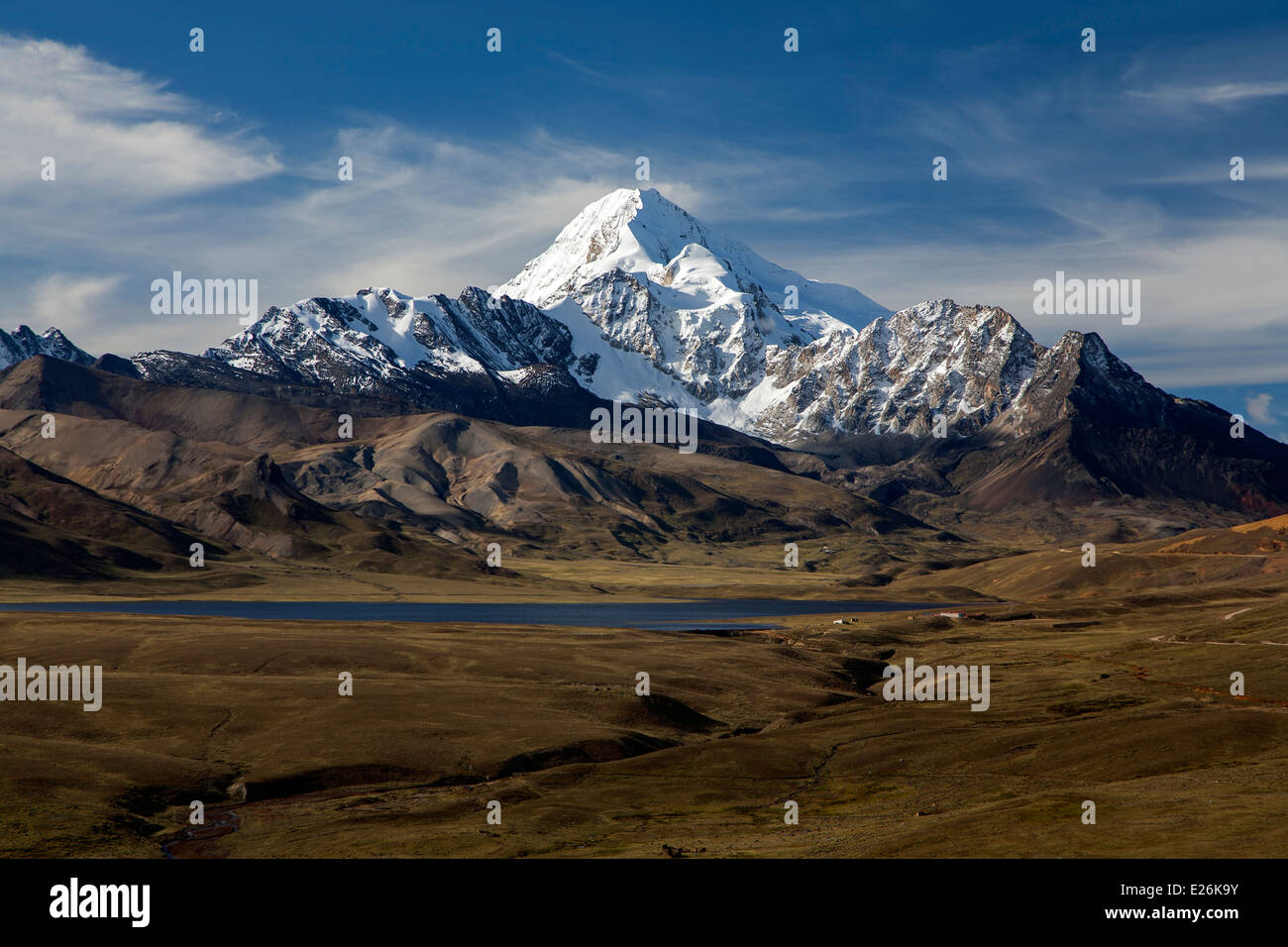 Huayna Potosi mountain (6088mts). Cordillera Real. Bolivia Stock Photo