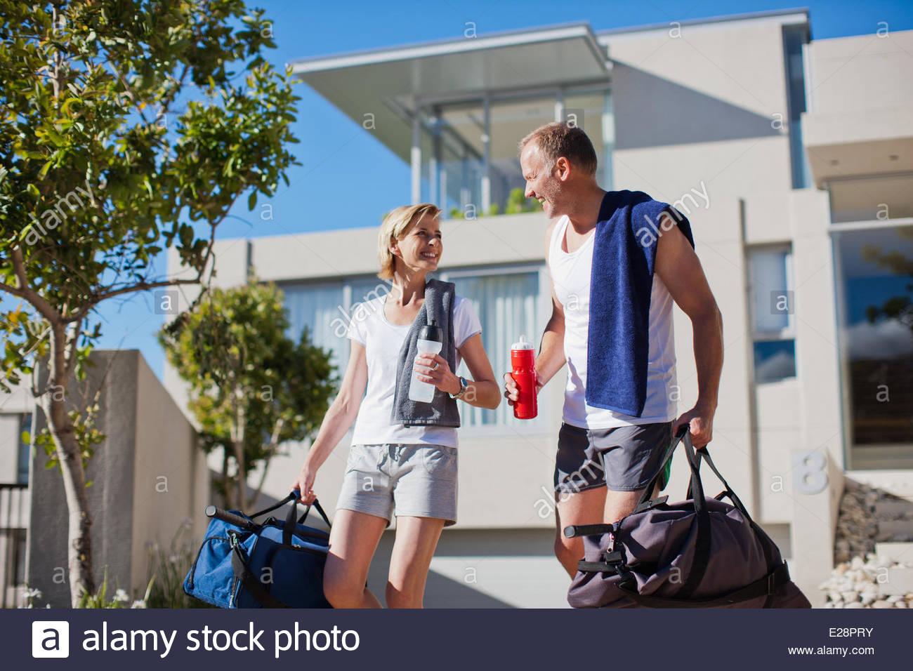 Couple preparing to exercise - Stock Image