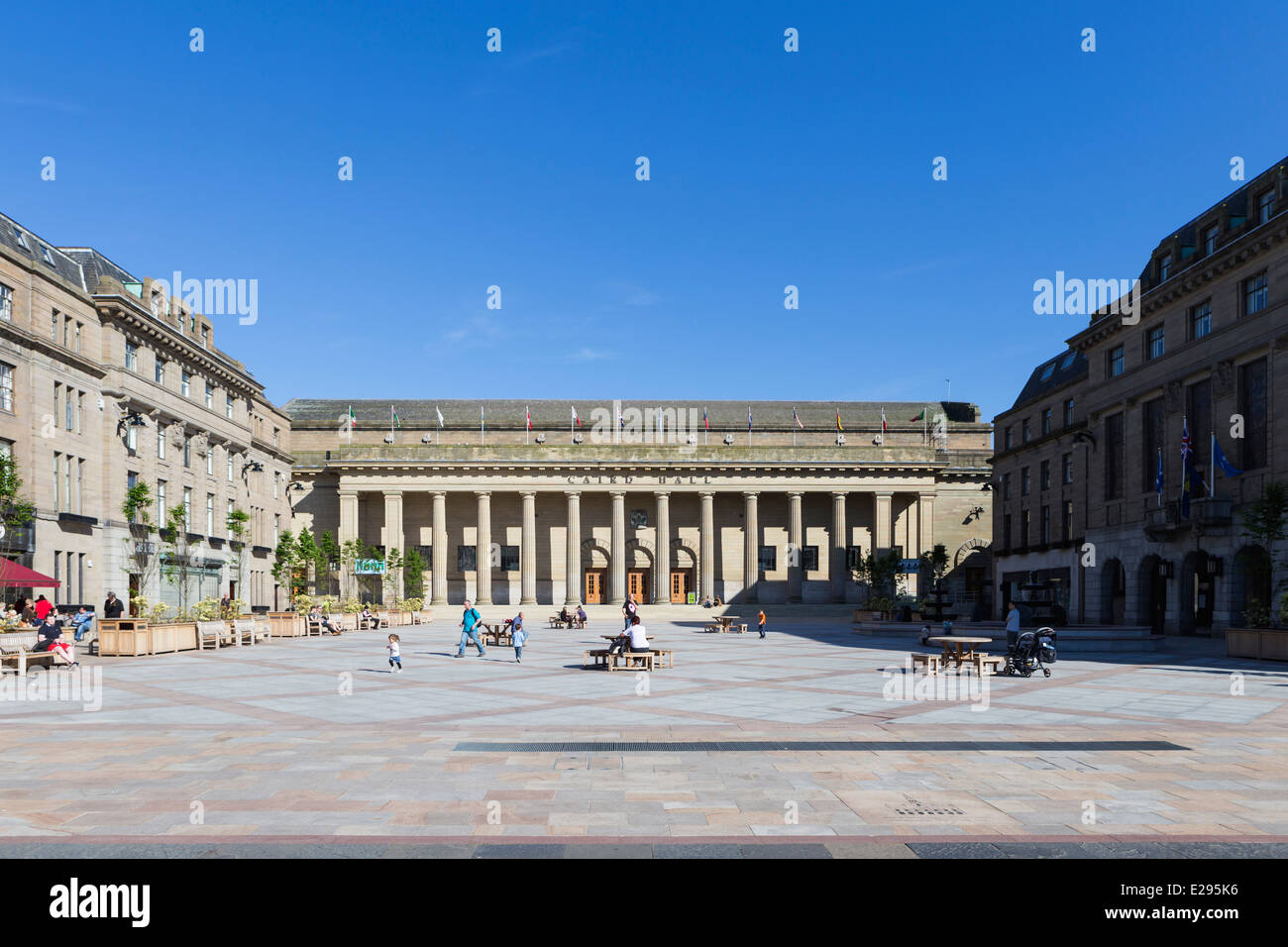 Caird Hall City Square Dundee Tayside Scotland - Stock Image