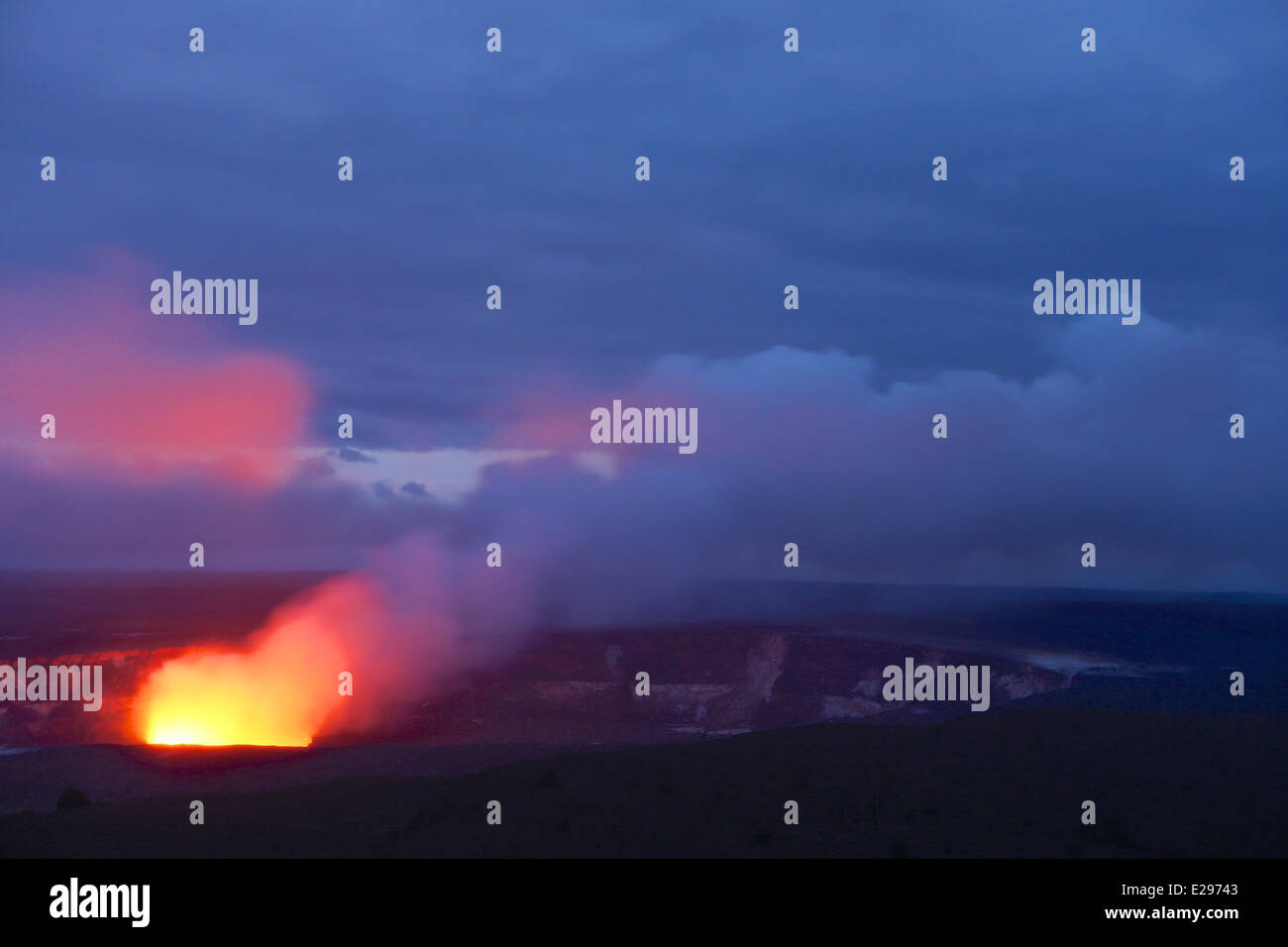 The active Halemaumau crater of Kilauea in Volcanoes National Park, Big Island of Hawaii - Stock Image