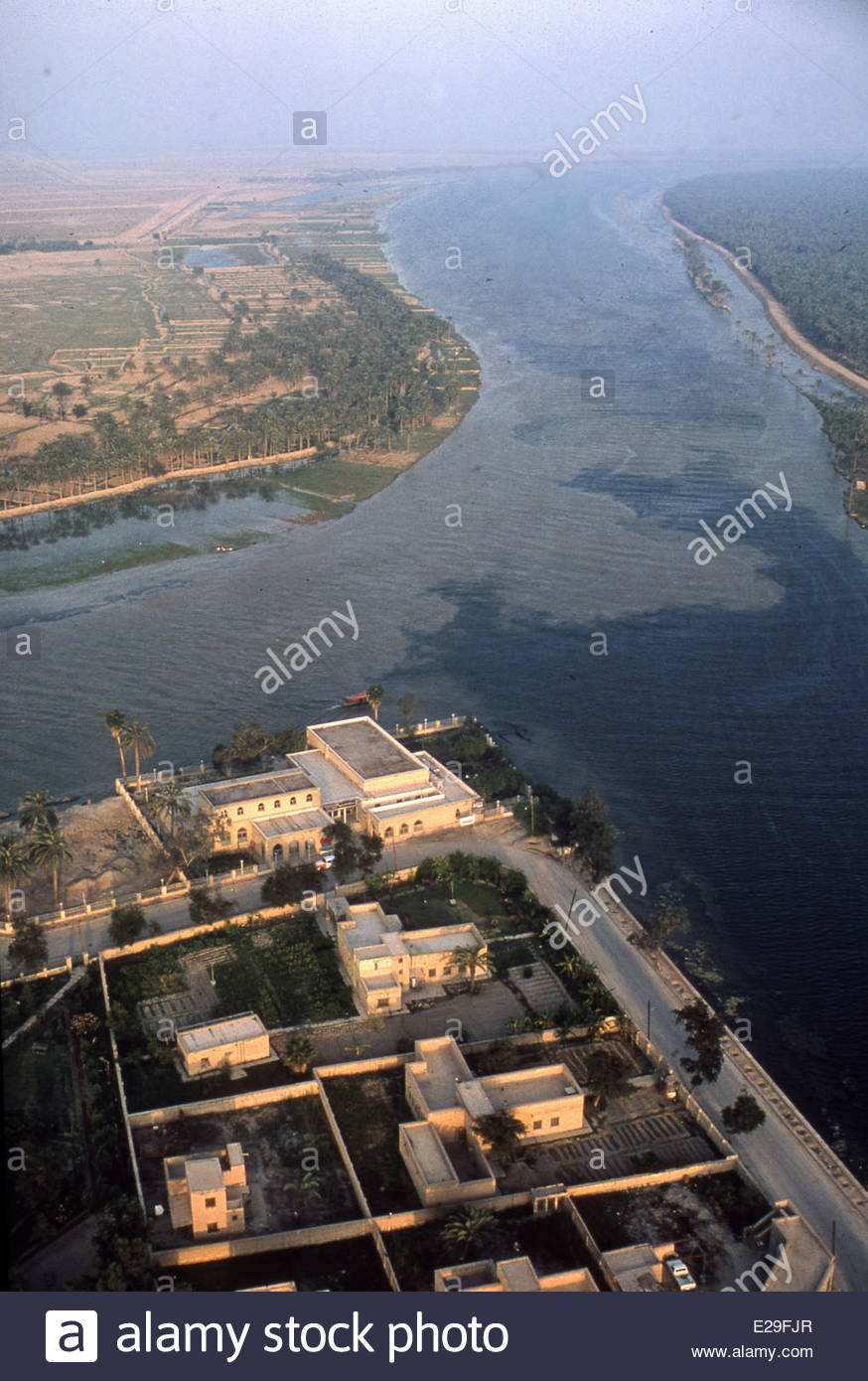Aerial view of confluence of euphrates and tigris rivers at qurna stock photo 70280639 alamy River flowing from the garden of eden