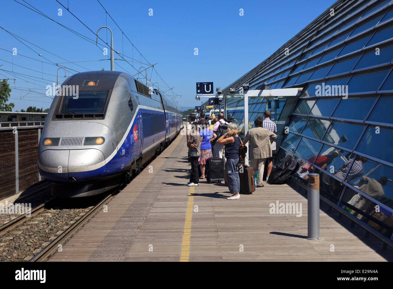 tgv train stock photos tgv train stock images alamy. Black Bedroom Furniture Sets. Home Design Ideas