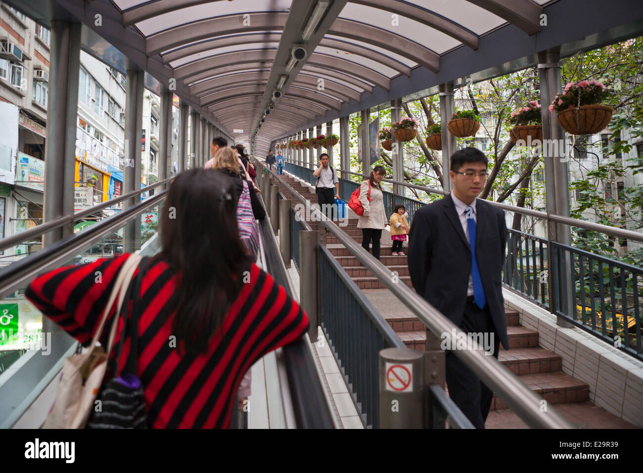 China, Honk-Kong island, escalators leading to in Soho district - Stock Image
