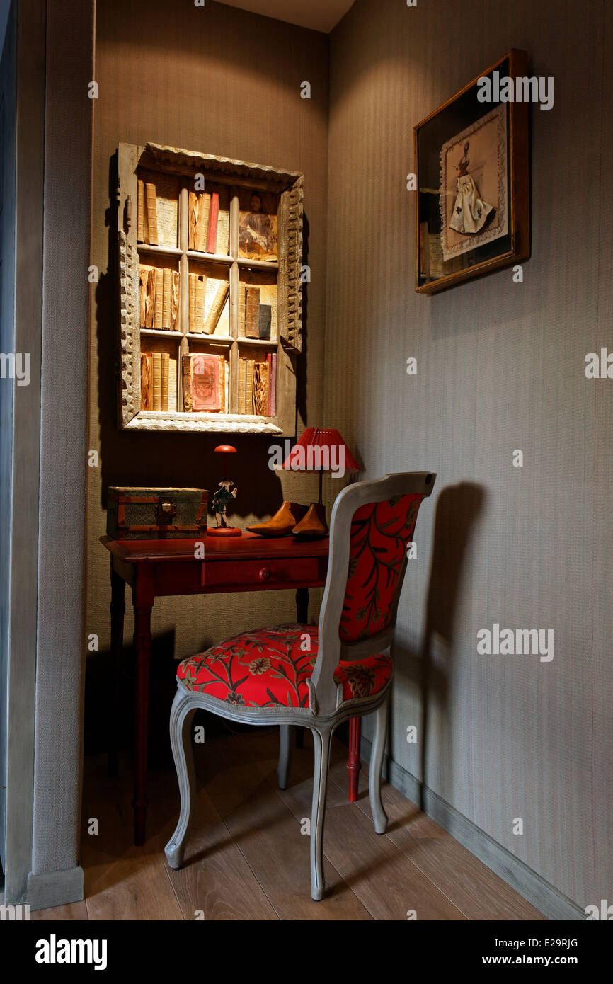 val guest stock photos val guest stock images alamy. Black Bedroom Furniture Sets. Home Design Ideas