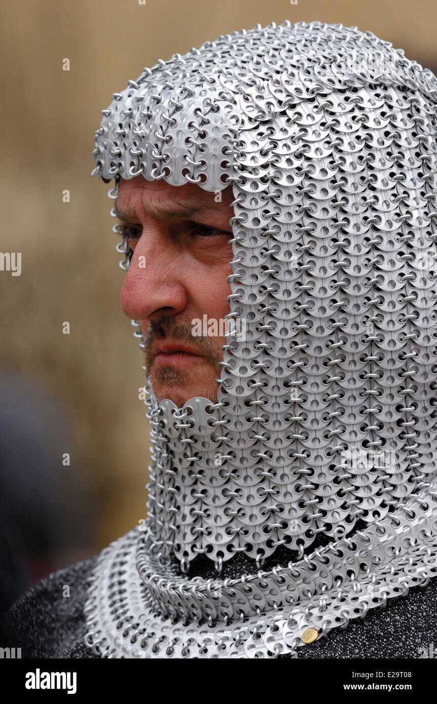 France, Ardennes, Sedan, medieval festival, medieval soldier wearing a hood in coat of mail - Stock Image