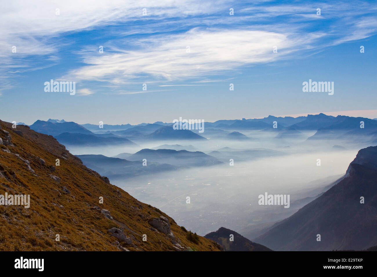 France, Isere, the Gresivaudan valley seen in the mists of the Parc Naturel Regional de Chartreuse (Natural Regional - Stock Image