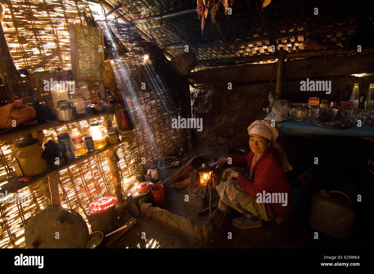 Nepal, Sagarmatha Zone, Khumbu Region, trek of the Everest Base Camp, Bupsa, tea shop - Stock Image