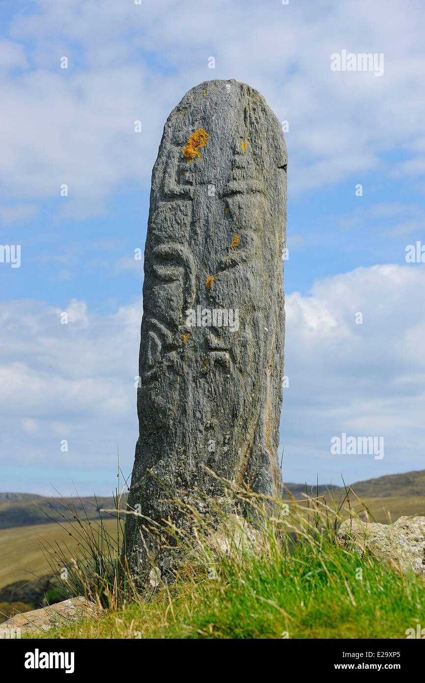 Ireland, County Donegal, Glencolumbkille (Glencolmcille), Carved Standing stone - Stock Image