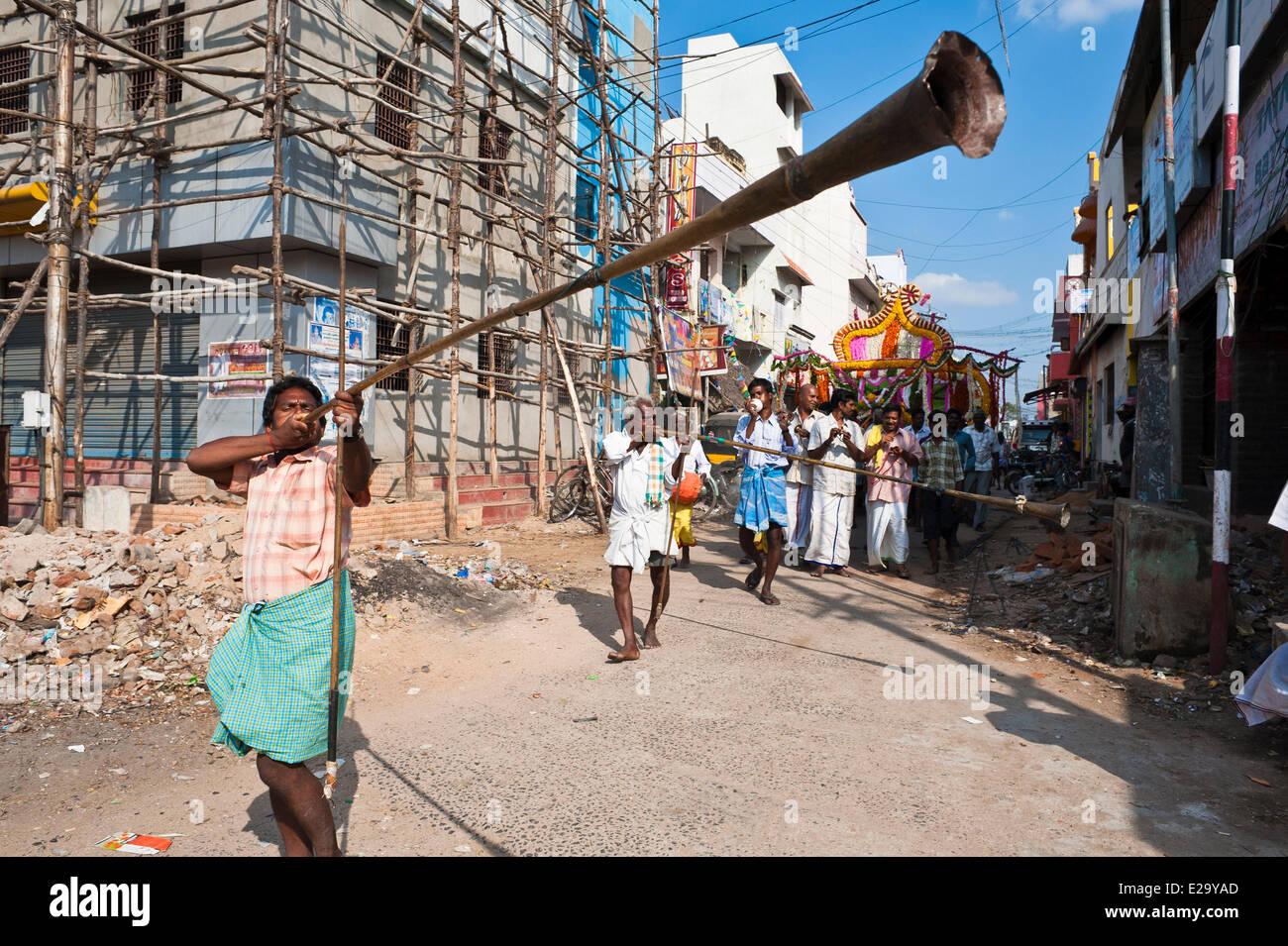 India, Tamil Nadu State, Kanchipuram, funeral procession - Stock Image