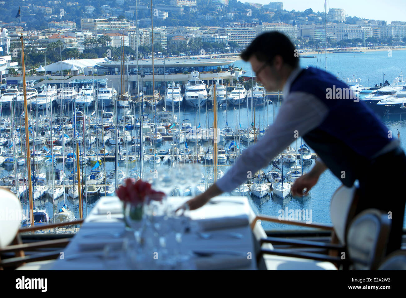 France, Alpes Maritimes, Cannes, Hotel Radisson Blu Hotel, Restaurant on 360 ░ - Stock Image