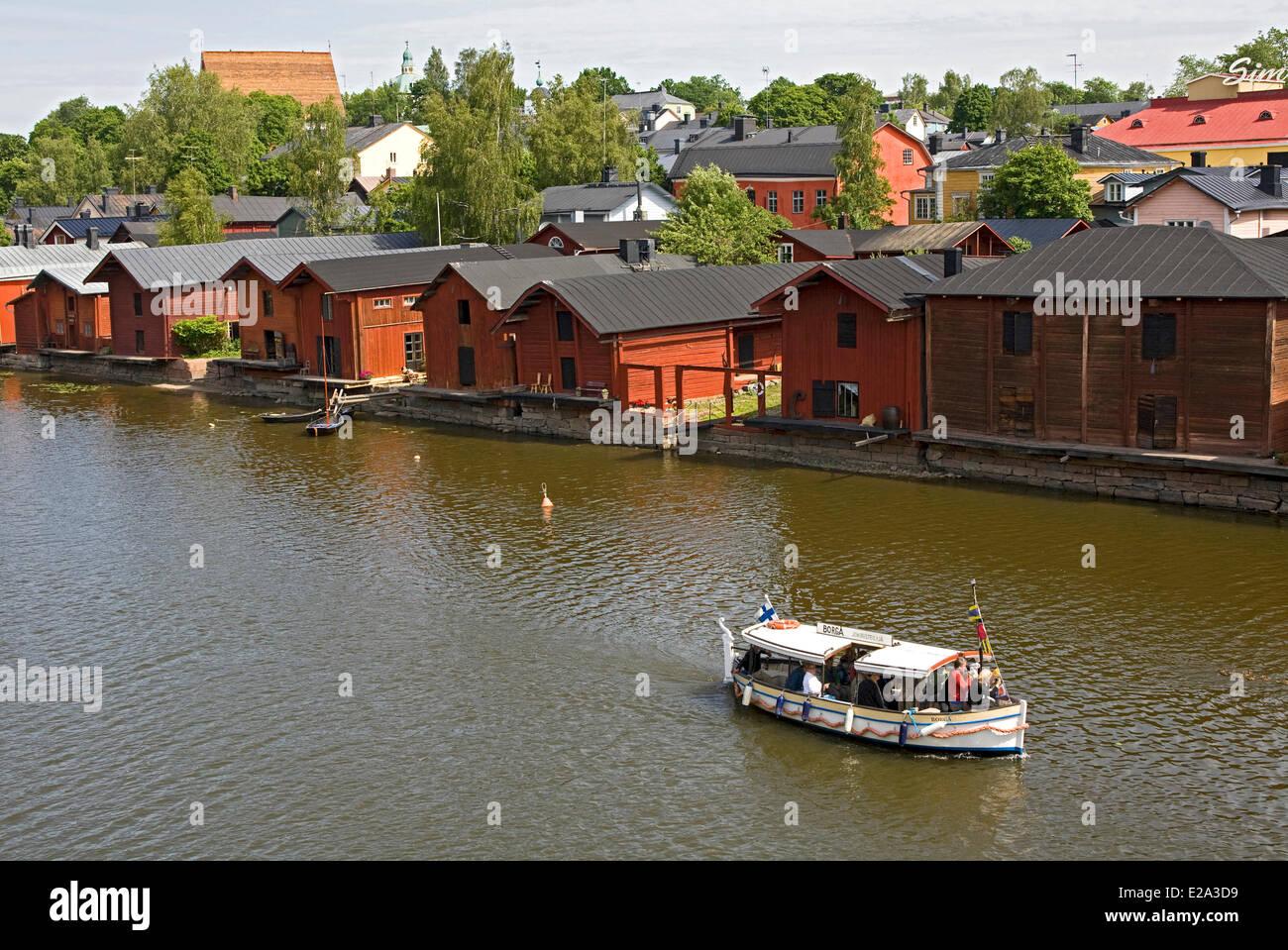 Finland, Uusimaa, Porvoo (Borga), wooden houses on the Porvoo river banks - Stock Image