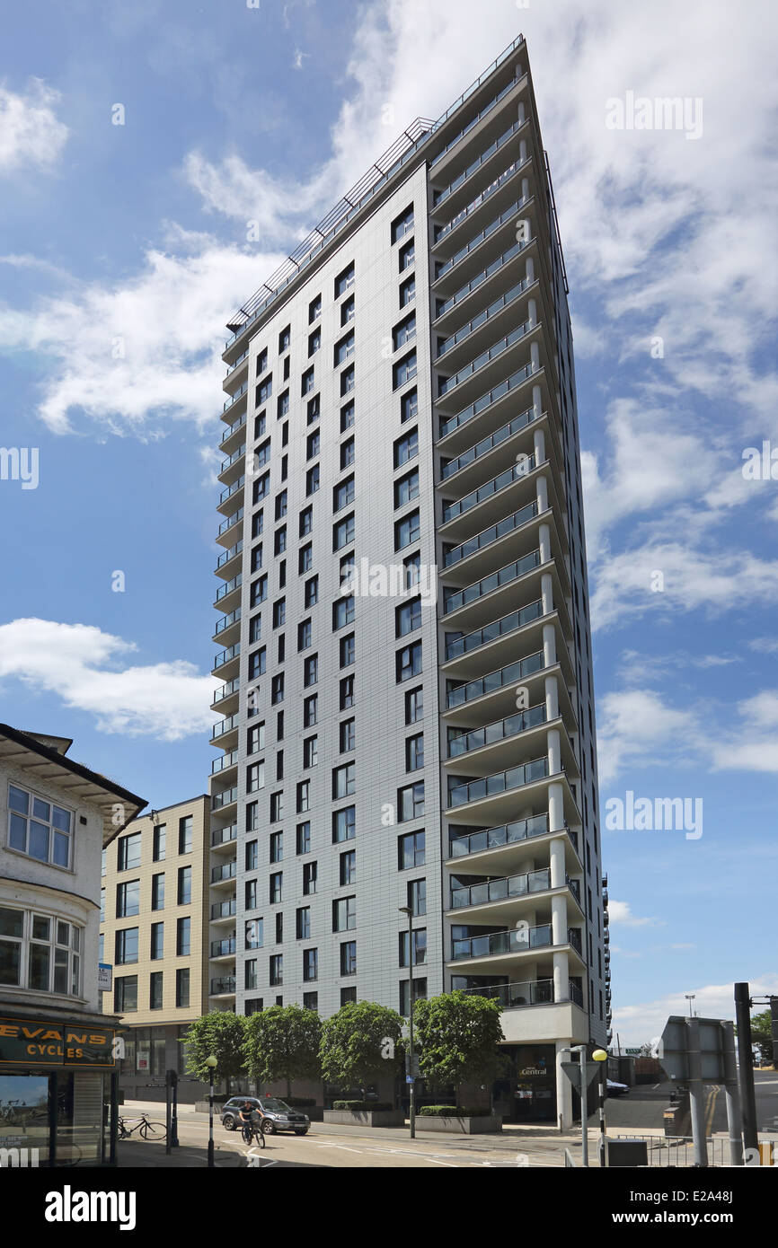 The New Central Development in Woking, Surrey. Includes apartments, shops and office space located close to Woking - Stock Image