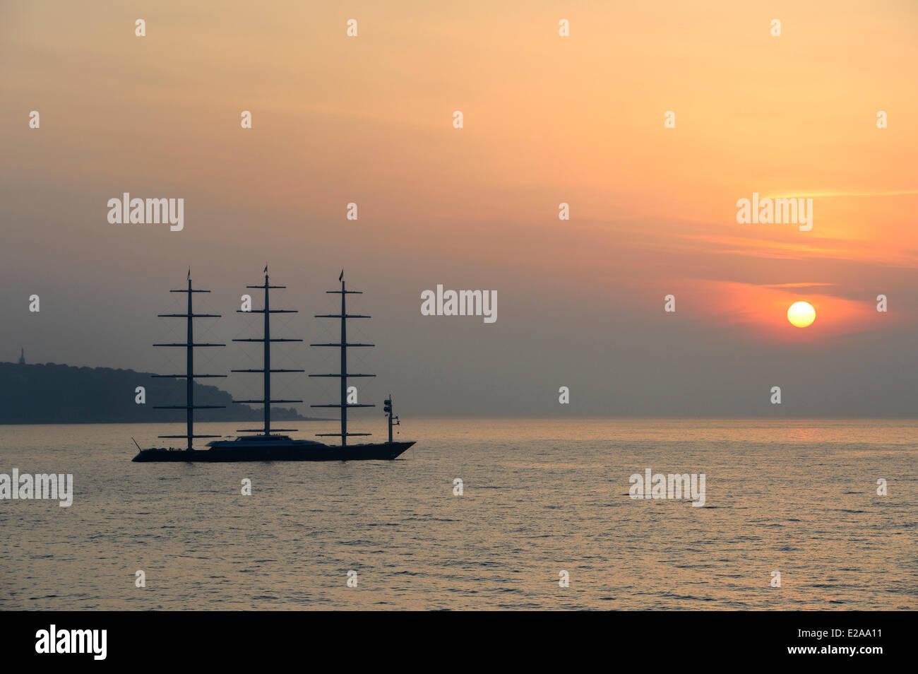 Principality of Monaco, luxury yacht in the bay of Monaco - Stock Image