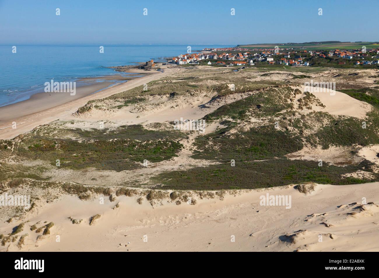 France, Pas de Calais, Ambleteuse, dunes of the Slack (aerial view) - Stock Image