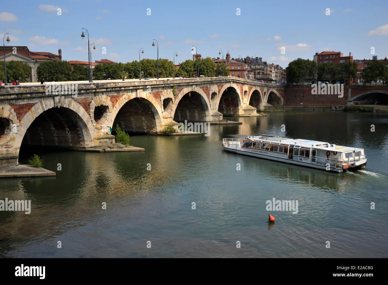 France, Haute Garonne, Toulouse, Pont Neuf over Garonne River - Stock Image