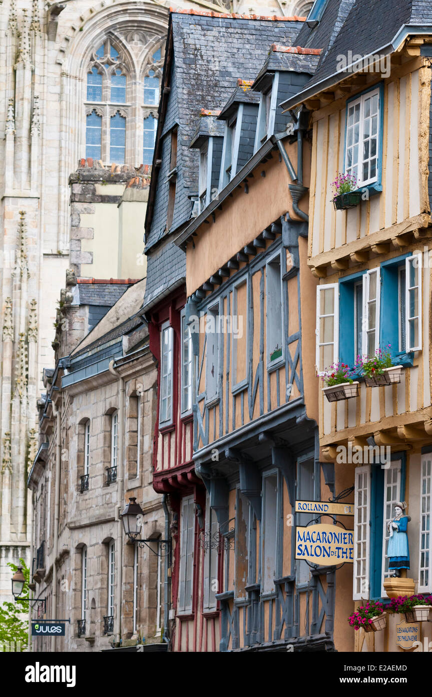 France, Finistere, Quimper, Medieval houses Rue Kereon - Stock Image