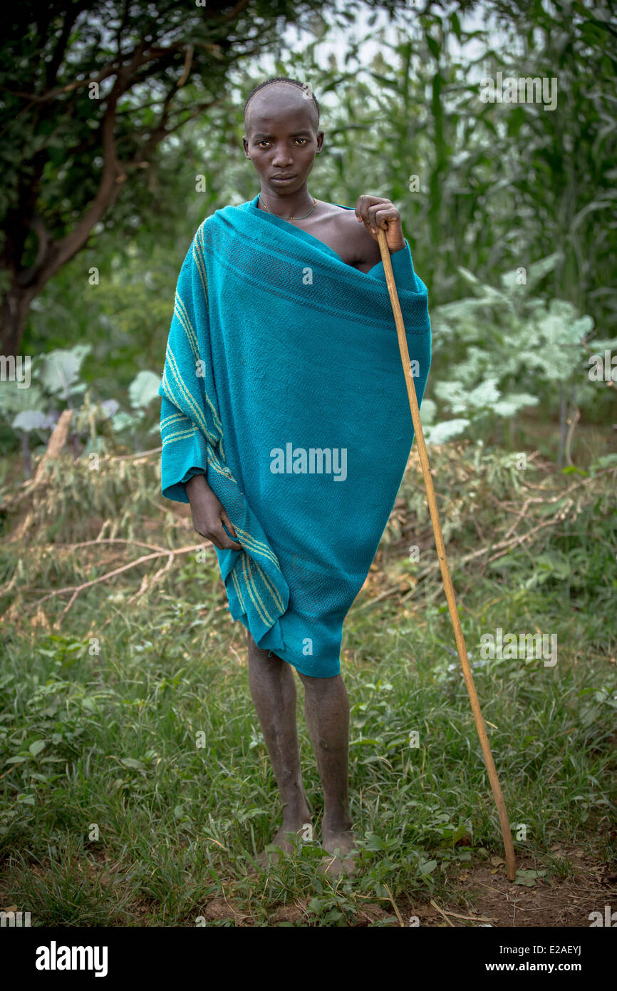 Suri Man in Kibish, Ethiopia 22 May 2014. Suri is the name of a sedentary tribe in southwestern Ethiopia. They live - Stock Image