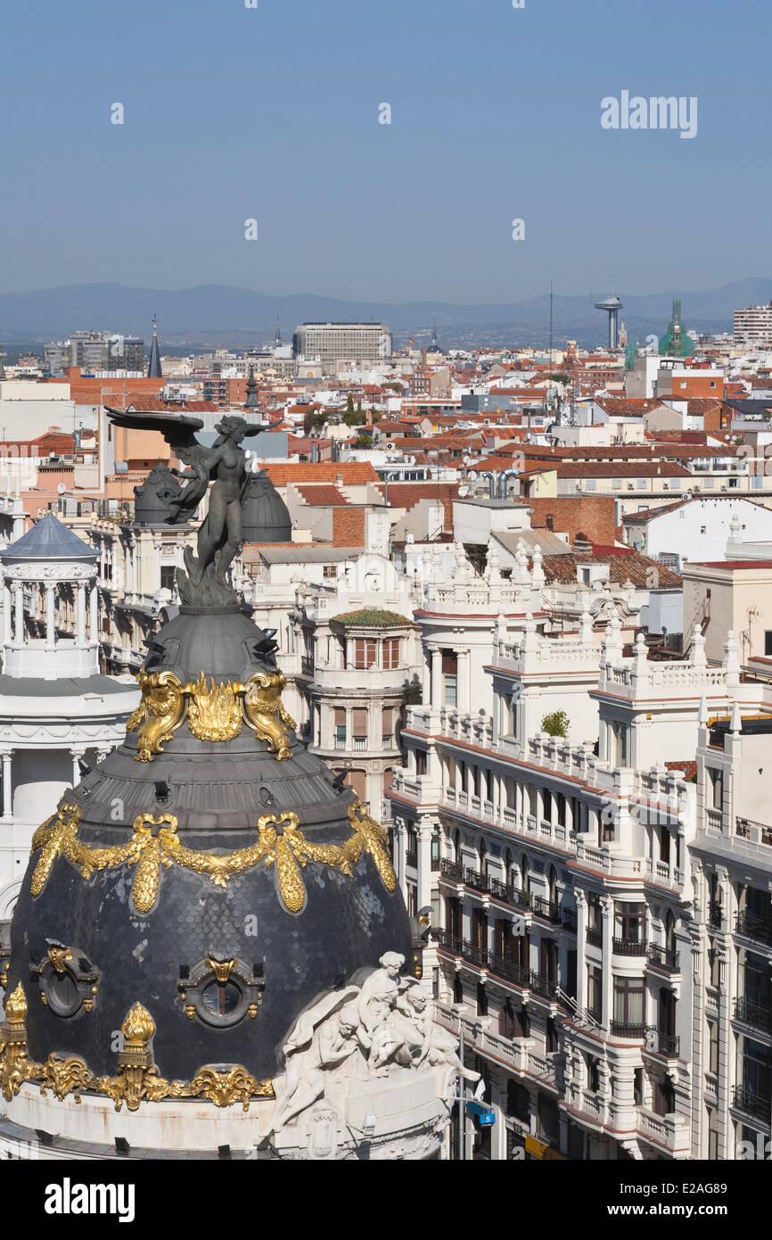 Spain, Madrid, Edificio Metropolis designed by French architects Jules and Raymond Fevrier to be La Union y el Fenix - Stock Image