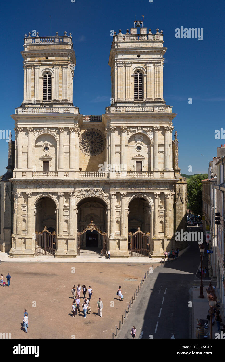 France, Gers, Auch, stop on El Camino de Santiago, St Marie Cathedral - Stock Image