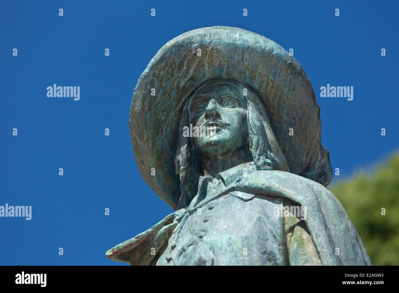 France, Gers, Auch, stop on El Camino de Santiago, D'Artagnan statue - Stock Image