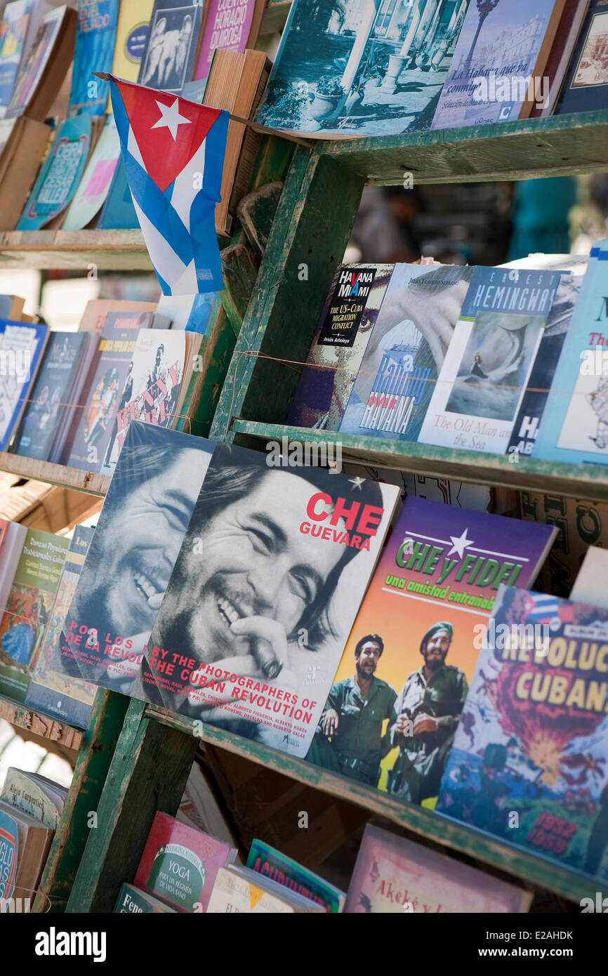 Cuba, Ciudad de La Habana Province, Havana, Habana Vieja district, listed as World Heritage by UNESCO, book sellers - Stock Image
