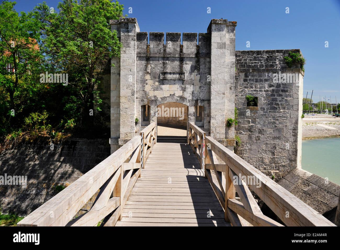 France, Charente Maritime, La Rochelle, fortification, Plage de la Concurence (Concurrence Beach) - Stock Image
