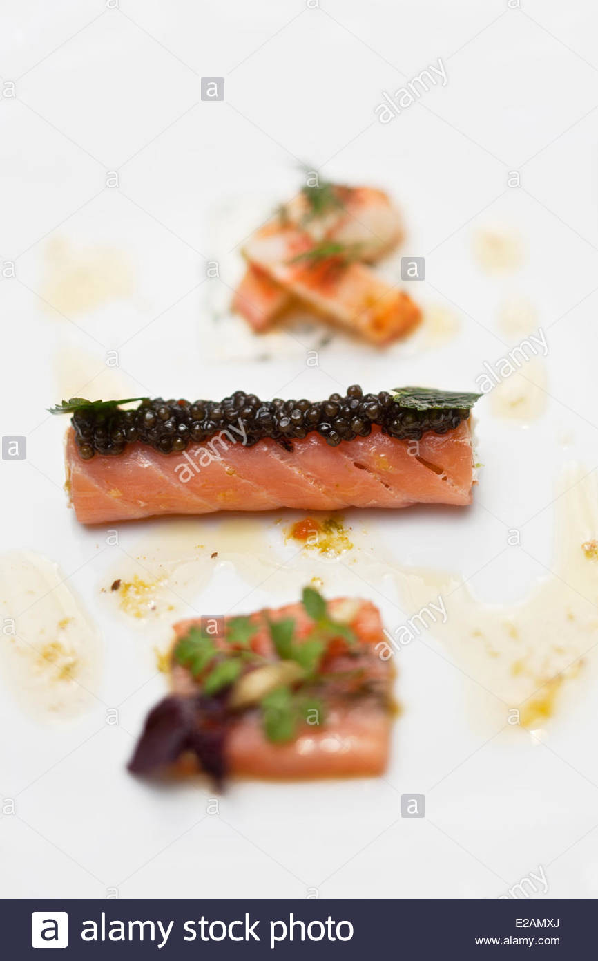 France, Savoie, Courchevel, Alaska Snow Crab king, salmon caviar and how gravelax golden Osetra, Recipe by Jean - Stock Image