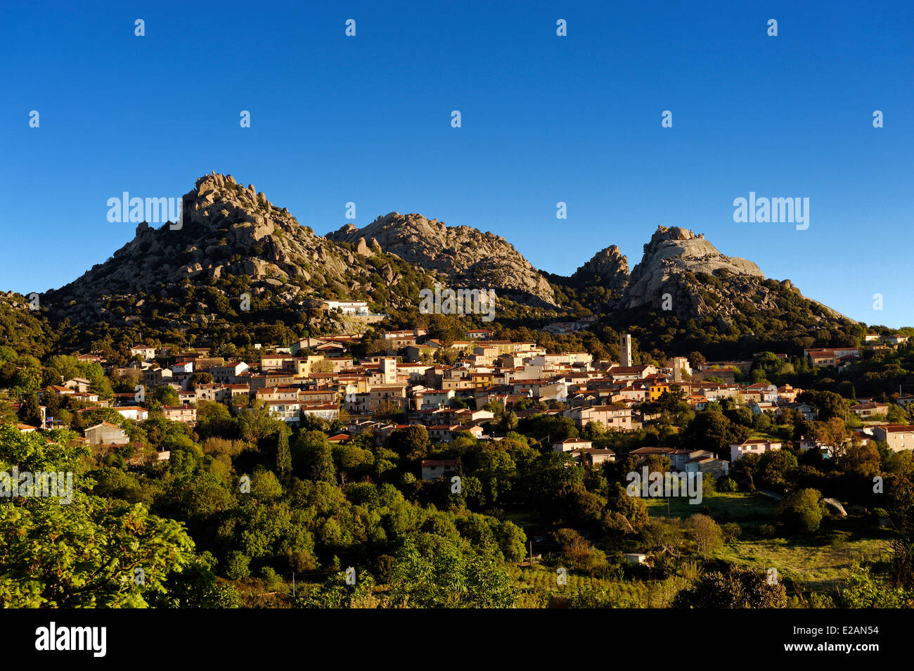 Italy, Sardinia, Olbia Tempio Province, Aggius, view of the village with the mountains of La Croce and Sozza background - Stock Image
