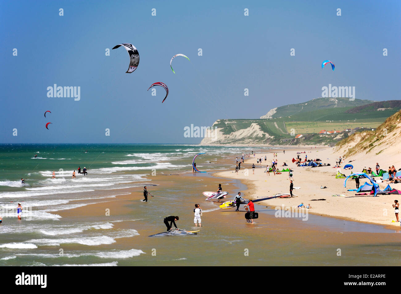 France Pas De Calais Wissant Kitesurfing And Windsurfing At The Stock Photo Alamy