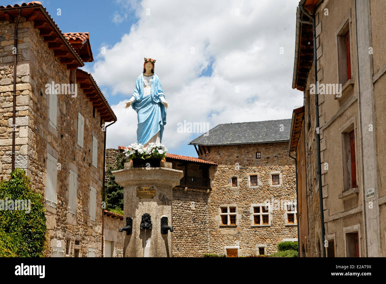 France, Lozere, Le Malzieu Ville, Fountain of the Virgin - Stock Image