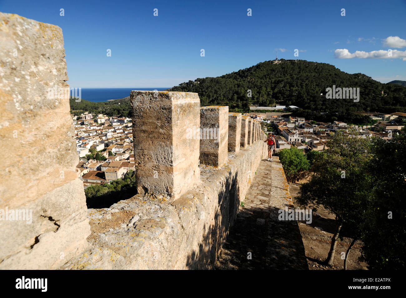 Spain, Balearic Islands, Mallorca, Capdepera, rampart walk of the castle - Stock Image