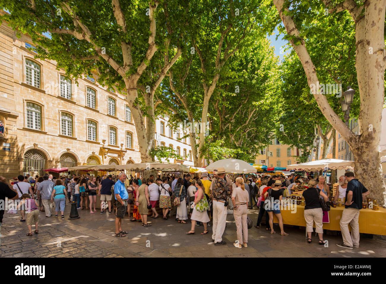 France, Bouches du Rhone, Aix en Provence, market Place Richelme - Stock Image