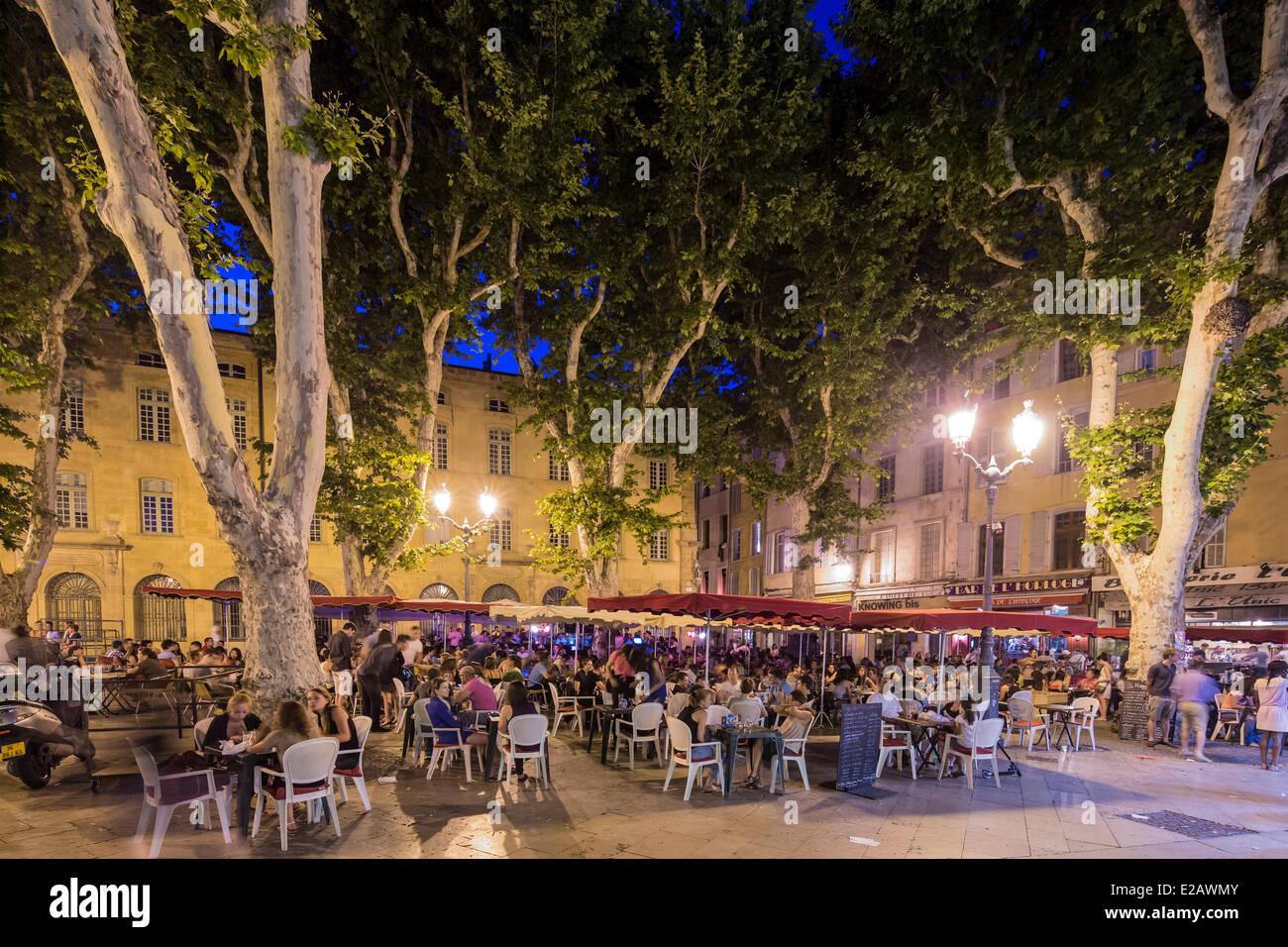 France, Bouches du Rhone, Aix en Provence, Place Richelme - Stock Image